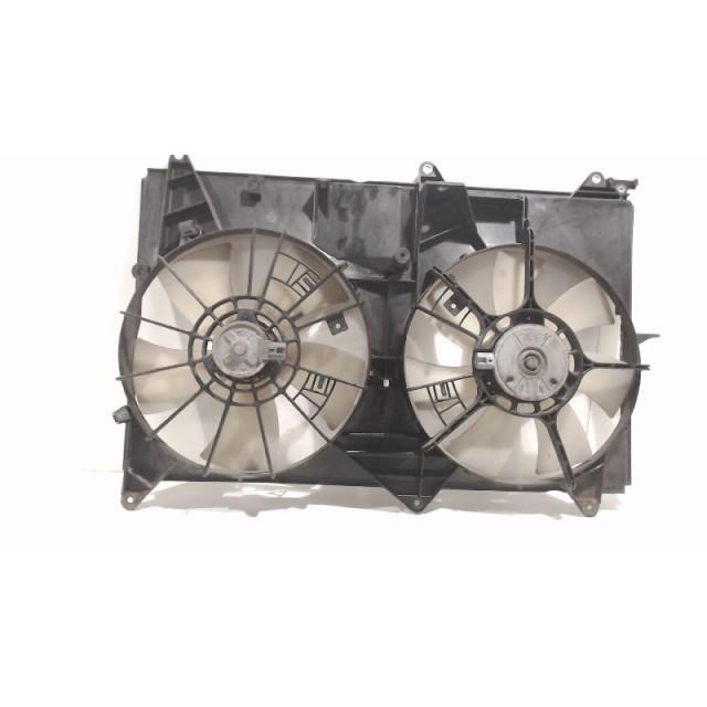 Koelventilatormotor Toyota Previa (R3) (2000 - 2006) MPV 2.4i 16V VVT-i (2AZFE)